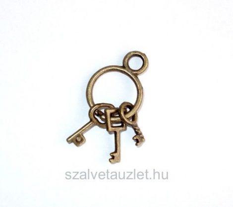 Kulcsok karikán antik f1252
