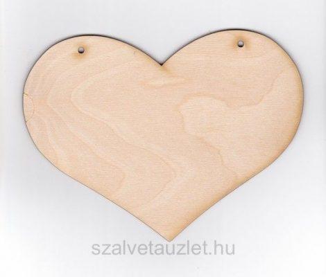 Fa pufi szív 13*18 cm f1874